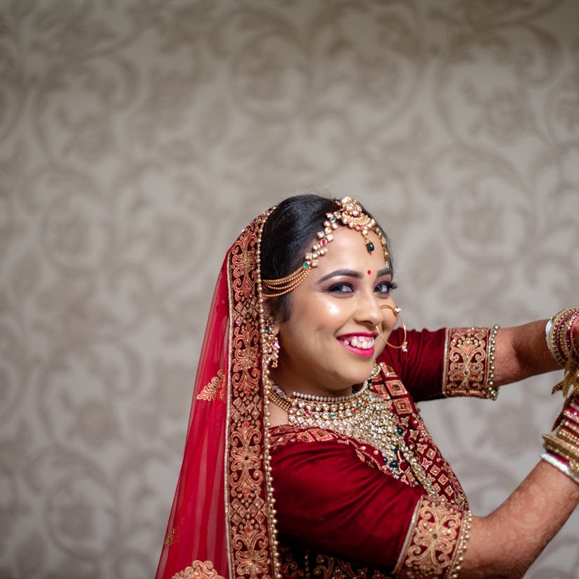 Photographer in Indore - 2 candid wedding photographers