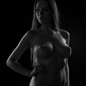 Nikolart_©_by_Reto_Heiz-1580.jpg