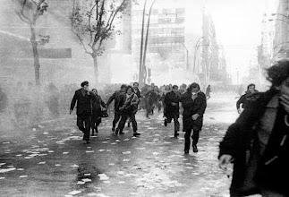 Photo: Marcas de la Memoria (2) A las cinco en punto, Manifestación del 9 de julio de 1973. Avda. 18 de Julio y Julio Herrera