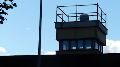 Photo: Gedenkstätte Berliner Mauer; Wachturm