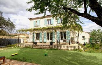 villa à Villeneuve-les-avignon (30)
