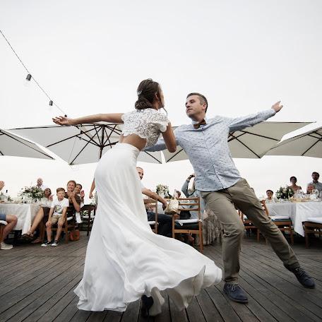 Wedding photographer Kristina Monmoransi (wishfilms). Photo of 23.08.2017