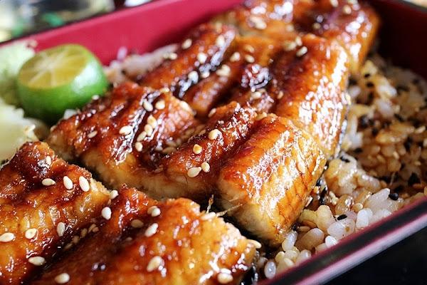 神川日式料理 今天想吃灸燒海鮮丼還是蒲燒鰻魚丼?