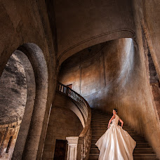 Wedding photographer Lorenzo Ruzafa (ruzafaphotograp). Photo of 01.12.2016