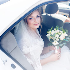 Wedding photographer Dasha Petrischeva (dashapetrischeva). Photo of 20.10.2015