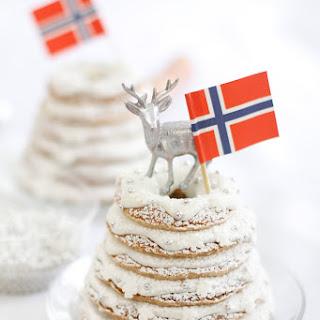 Norwegian Wedding or Christmas Cake '.