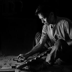 Ricardo Iskultor by Jan Michael Vincent Castillo - People Portraits of Men ( pattaradday, white, pwcprofiles, vincent, and, city, balay, na, michael, castillo, pokleng, santiago, jan, bnw, philippines, black )
