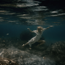 There is clear water by Dmitry Laudin - People Fashion ( beautiful, woman, ocean, reflection, white, blue, fish, dive, swim )