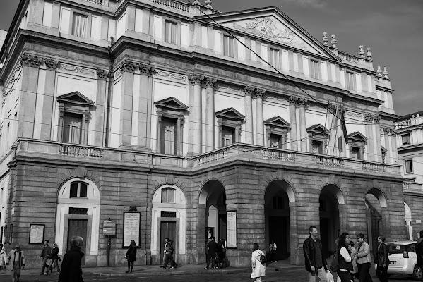 7 Dicembre, S.Ambrogio...la prima della Scala di Alessandro Marani