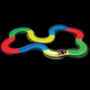 Pista flexibila curse masinute Magic Tracks din 220 piese