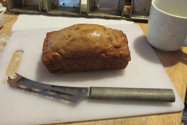Aunt Maude's Old Banana Bread Recipe