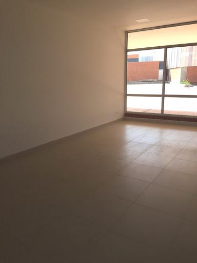 Locales en Arriendo/venta - Tocancipa, Tocancipa 642-2898