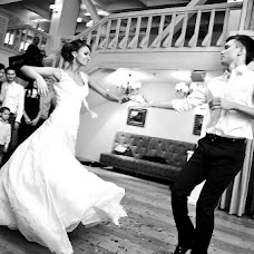 Wedding photographer Vladimir Belousov (Bybelousov). Photo of 30.12.2015