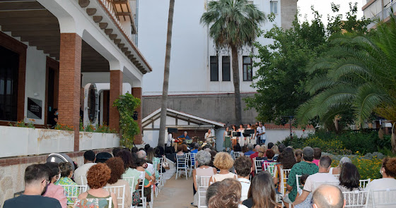 Los jardines del Museo Doña Pakyta se llenan con la belleza de la música