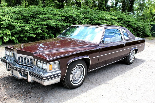 1977 Cadillac Coupe De Ville - Fleetwood interior Hire Brooklyn
