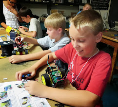 Photo: Students build robots in the MIT Museum