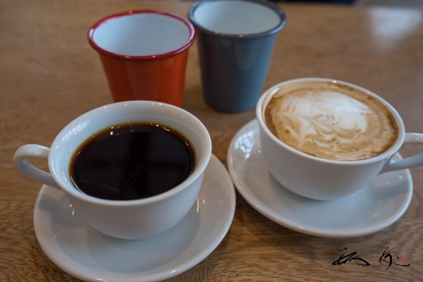 ハンドドリップコーヒー&ソイラテ