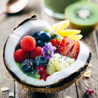Tropical Kiwi Coconut Smoothie.