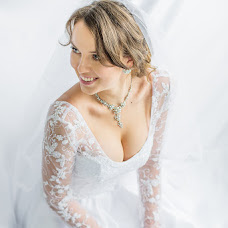 Wedding photographer Svetlana Svetlakova (swetswet). Photo of 02.10.2015