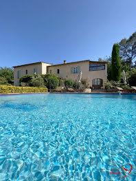 villa à Tourrettes (83)