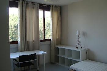 chambre à Marseille 8ème (13)