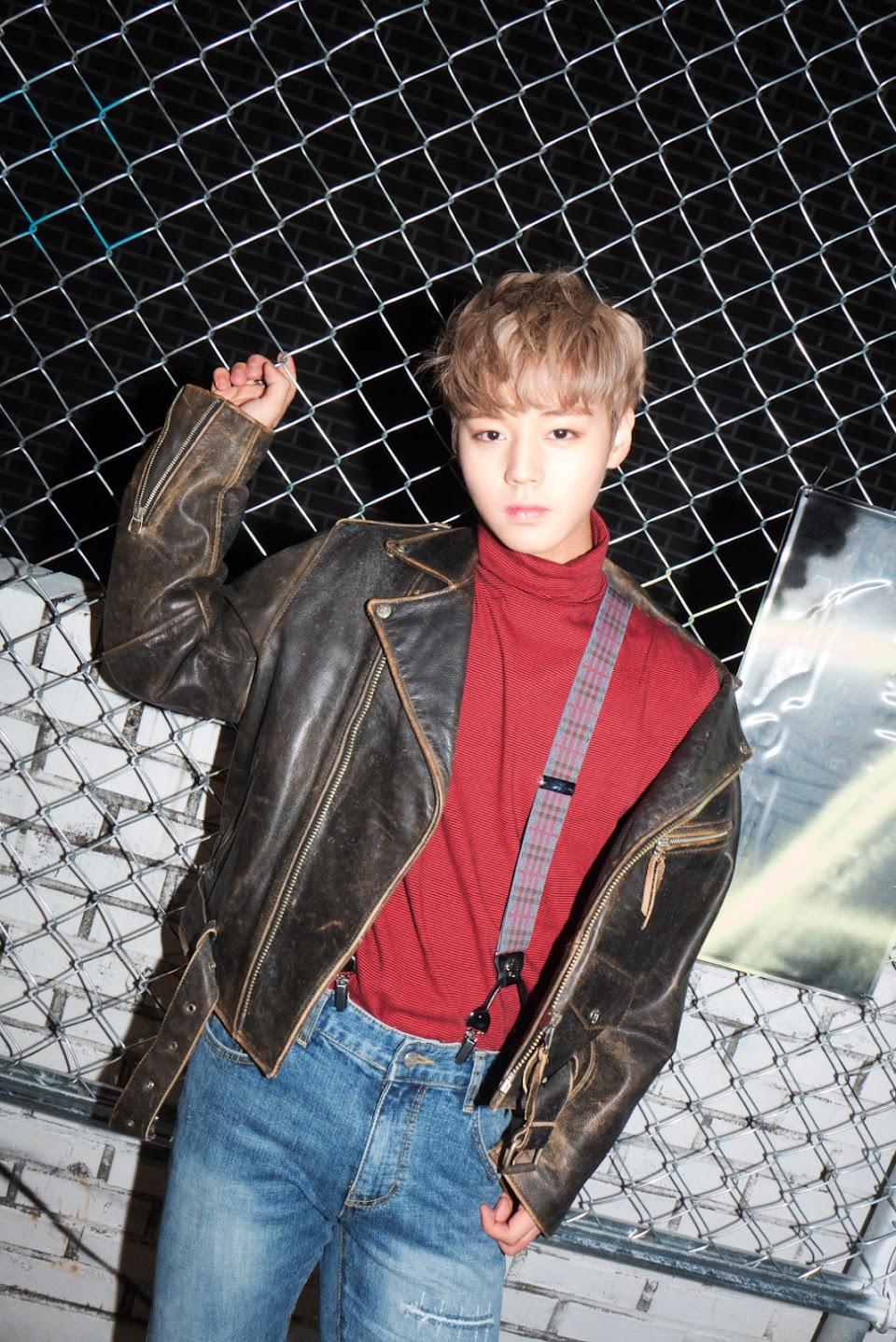 Wanna_One_Park_Ji_Hoon_Nothing_Without_You_promo_photo
