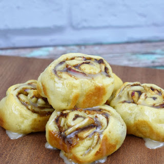 Apple Cinnamon Rolls.