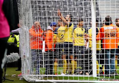 LIVE : Dante Vanzeir réduit le score pour l'Union (2-1).