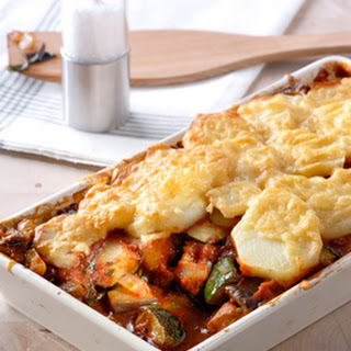 Ovenschotel Van Ratatouille, Aardappelen En Kaas