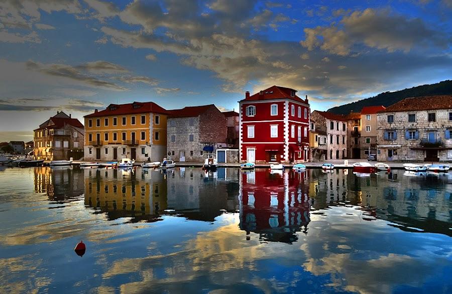 by Petar  Botteri - Travel Locations Landmarks