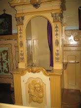 Photo: Konfesjonały, jak też i znajdująca się w kościele chrzcielnica pochodzą z przełomu XIX i XX wieku.