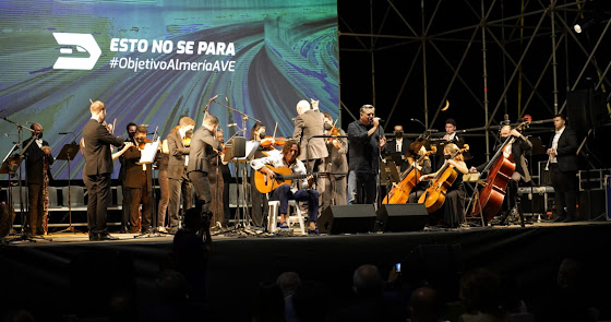 Tomatito, la OCAL, Anabel Veloso y Diego Cruz piden el AVE con danza y música