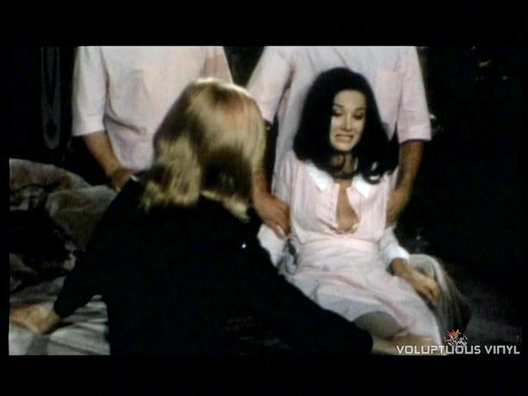 Barbara Bouchet Getting Drugged in Colpo rovente