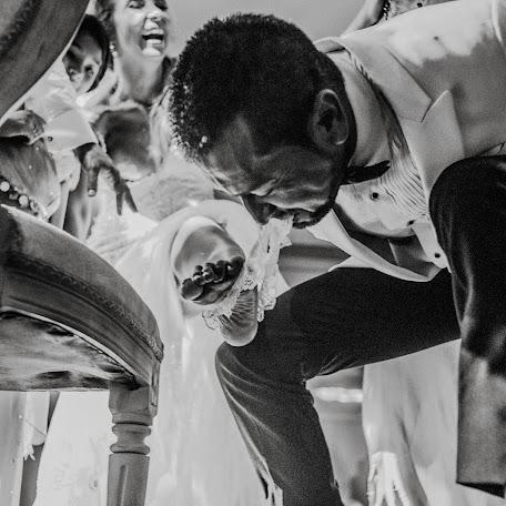 Wedding photographer Harvin Lewis (harvinlewis). Photo of 02.10.2017