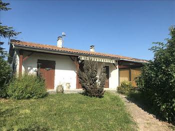 maison à Saint-Avit (16)