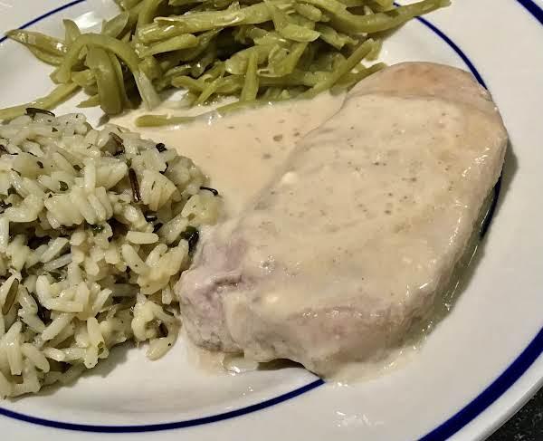 Quick & Easy Pork Chops With Gravy