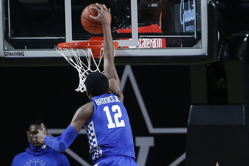Where Kentucky stands in ESPN's way-too-early top 25