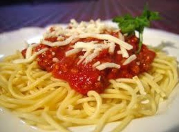 Spaghetti Made With Fresh Tomatoes Recipe