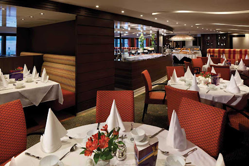 Enjoy regional and international cuisine in the main restaurant of AmaSerena.