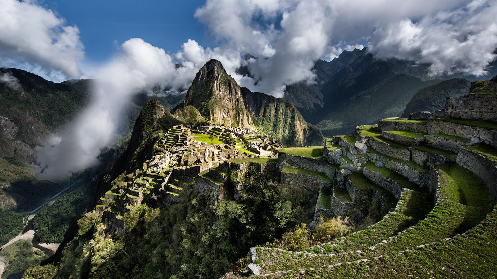 Мачу-Пикчу - город среди облаков