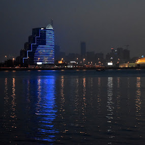 reflect by Drrashid Taj - Buildings & Architecture Other Exteriors ( lights, reflection, building, night photography, waterscapes,  )