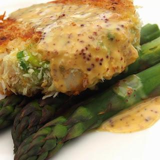 Smoked haddock Fish cakes with a grain mustard aioli.