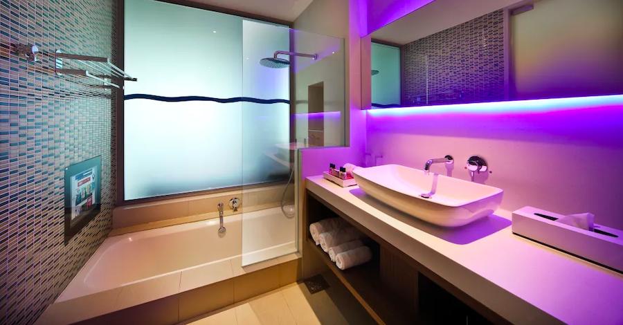13 Hotels with Bathtubs in Singapore For That Luxurious Soak   Staycation Singapore
