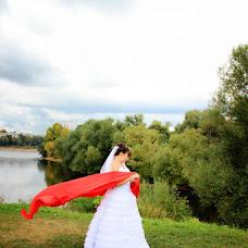 Wedding photographer Viktor Kalabukhov (victor462). Photo of 16.09.2013