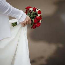 Wedding photographer Vadim Zakharischev (yourmoments). Photo of 21.03.2016