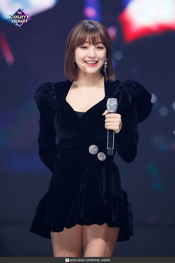 jihyo black 24