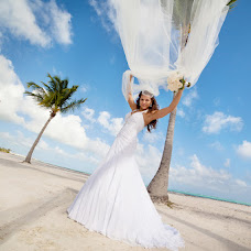 Wedding photographer Elena Efimova (beznika). Photo of 31.01.2013