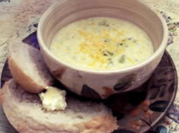 Easy Broccoli Soup Recipe