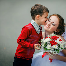 Wedding photographer Yulya Khomyaschenko (id79025717). Photo of 10.04.2017