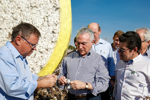 Brazilian President Michel Temer (C) and Agriculture Minister Blairo Maggi (L) attend the inauguration of Brazil's first ethanol mill that is entirely based on corn in Lucas do Rio Verde, Mato Grosso state, Brazil August 11, 2017. Alan Santos/President of the Republic Press Office/Handout via Reuters